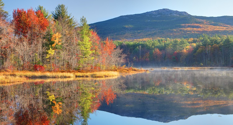 Take a Hike! Here are 11 of the Best Fall Hikes in the U.S.