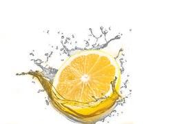 12 Ways to Use Lemon Essential Oil