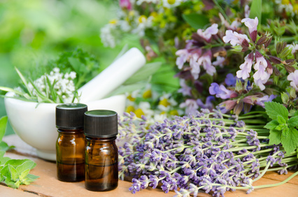 Best Essential Oil Uses: 5 Must Have Oils & How to Use Them [Pro Tips]