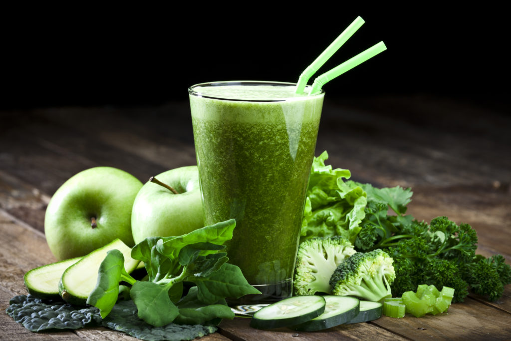 detoxify with fresh green juices